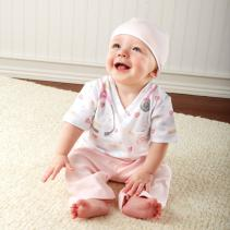 baby-aspen-nurse-layette-2.jpg