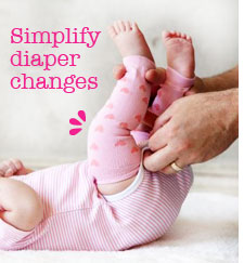 babylegs-newborn-diaper-change.jpg