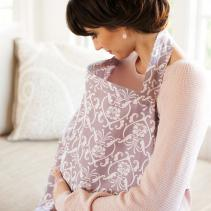 baby-au-lait-nursing-cover-harlow-inuse