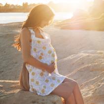 bebe-au-lait-nursing-cover-muslin-soleil-mom.jpg