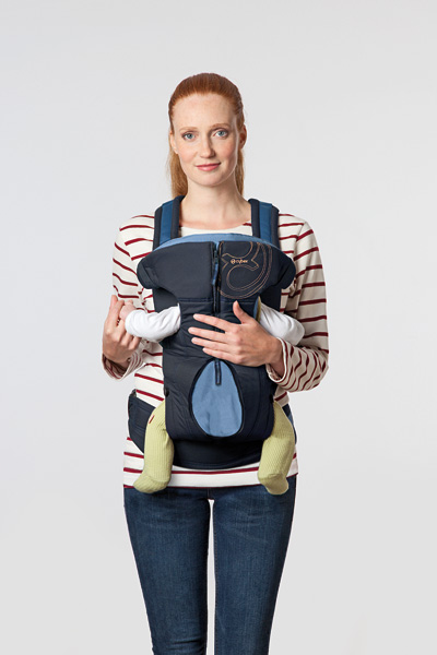 cybex-2-go-baby-carrier-facing-in.jpg