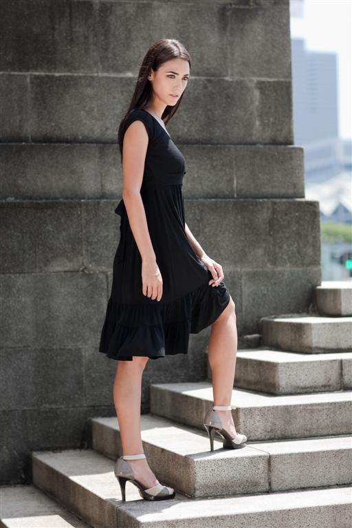 dote-9th-st-nursing-dress-black.jpg
