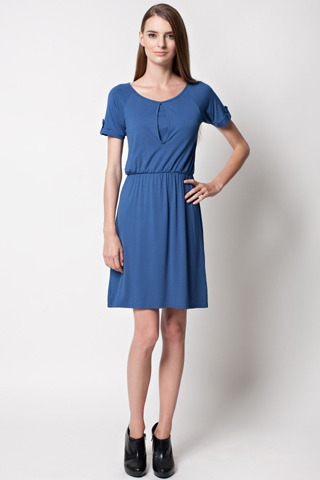 dote-jesse-nursing-dress-2.jpg