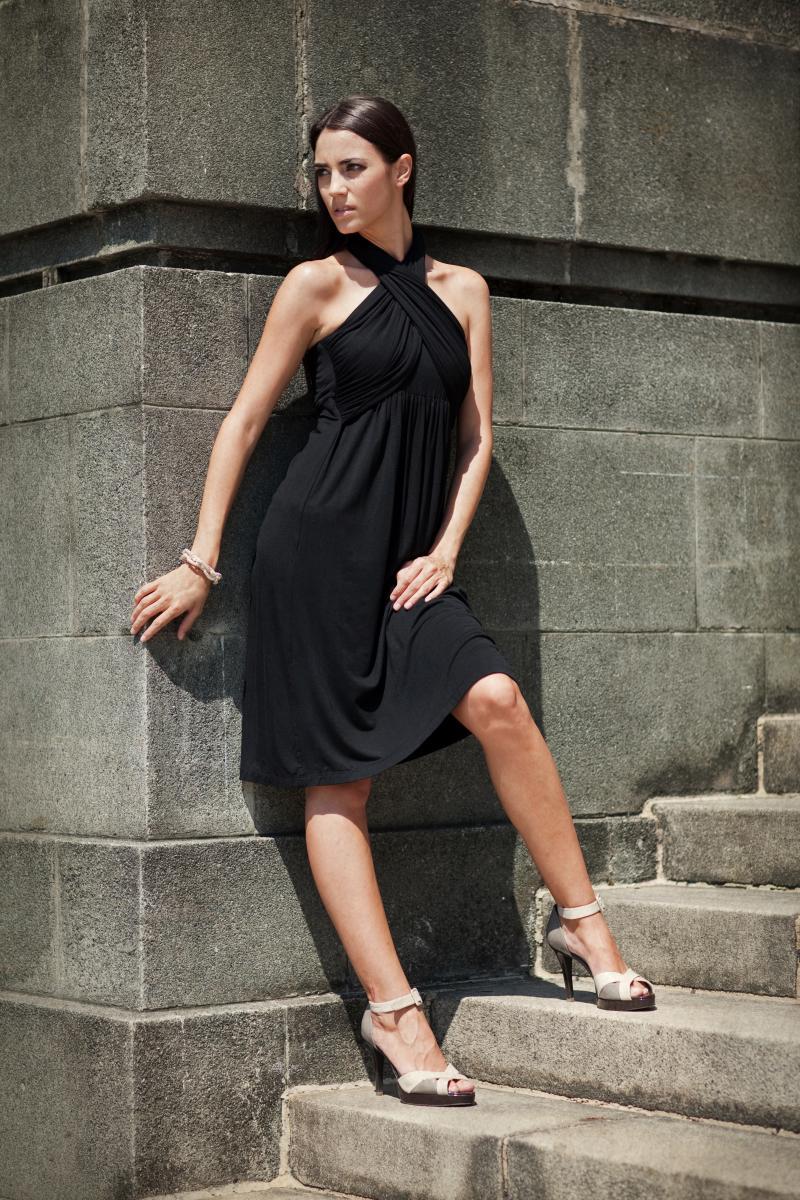 dote-sienna-nursing-dress-black-model-2.jpg