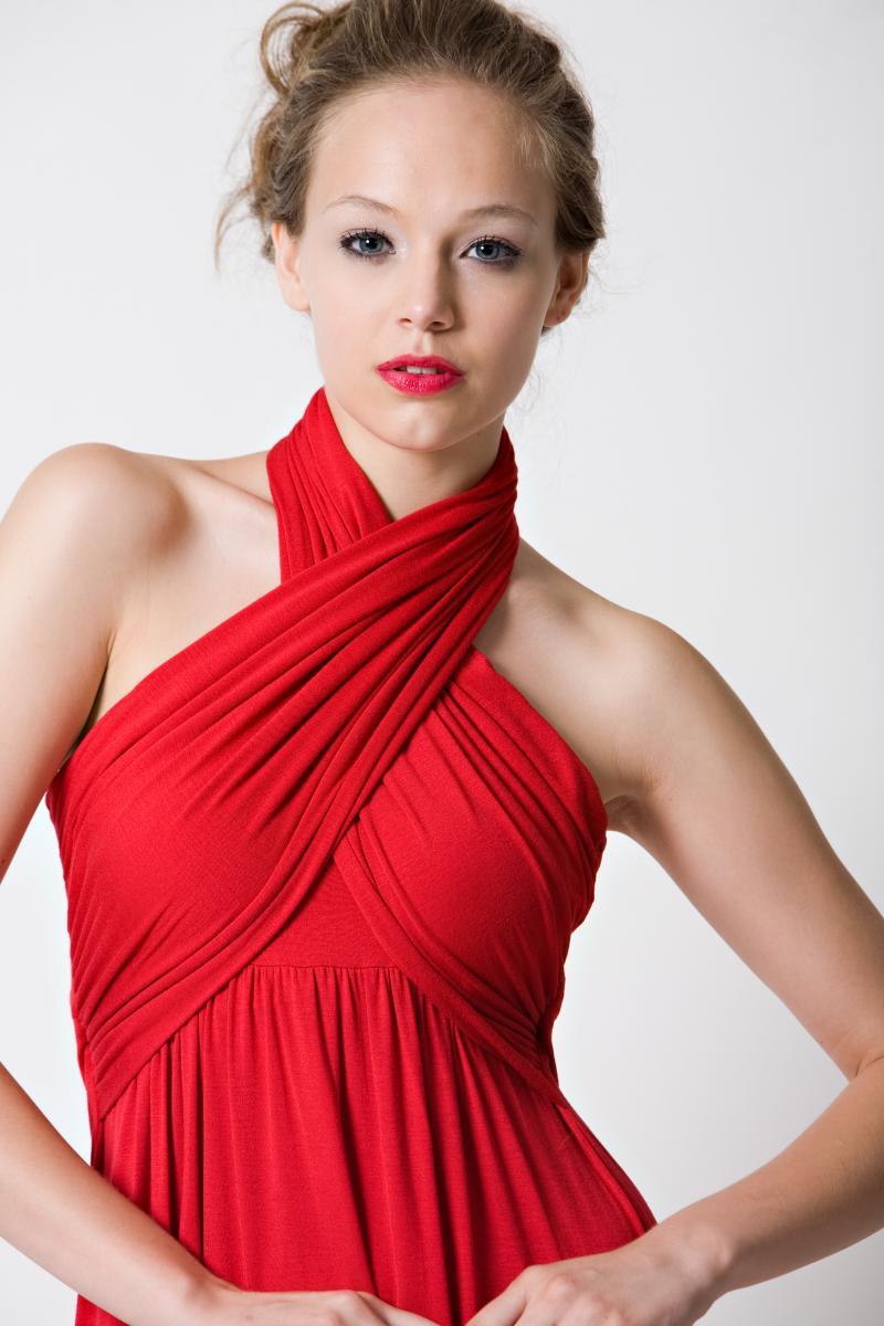 dote-sienna-nursing-dress-red-close.jpg