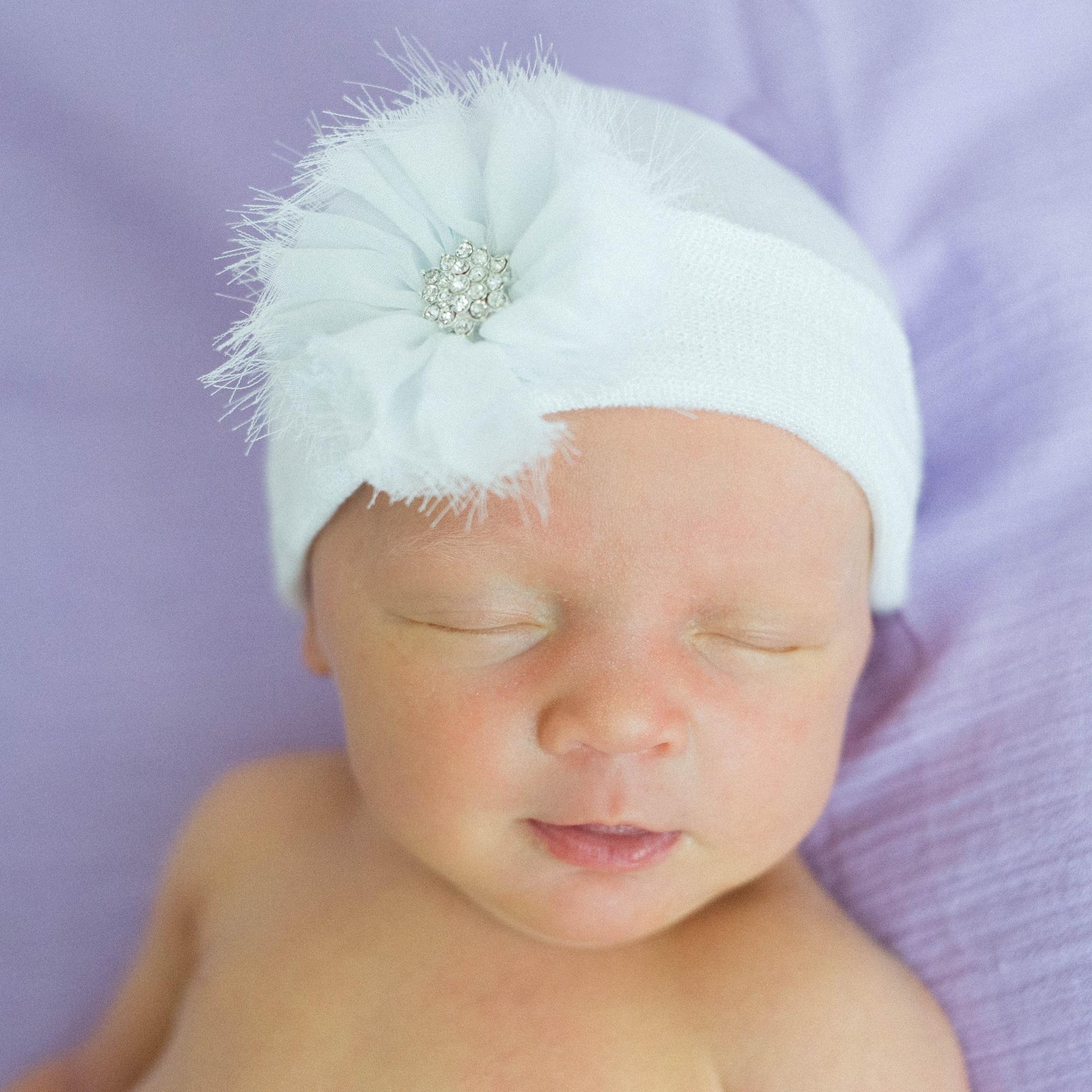 ilybean-newborn-hat-white-frayed-flower.jpg