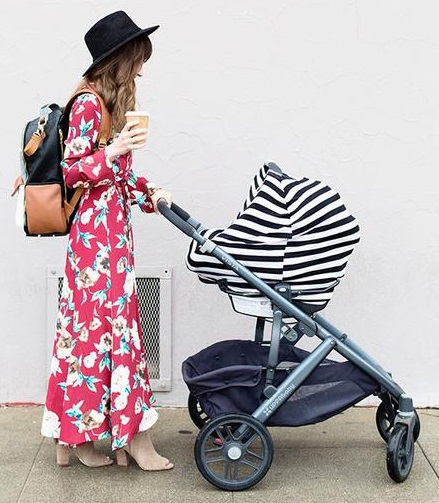 itzy-rity-mom-boss-4-in-1-cover-black-and-white-stripe-stroller-cover