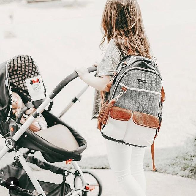 itzy-ritzy-boss-backpack-diaper-bag-coffee-cream-lifestyle