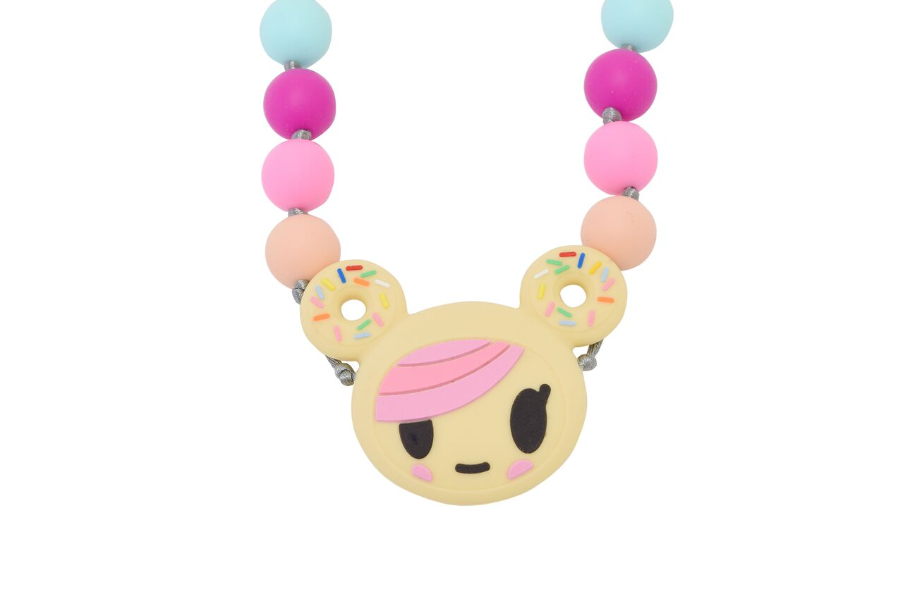 itzy-ritzy-teething-happens-necklace-donutella-2