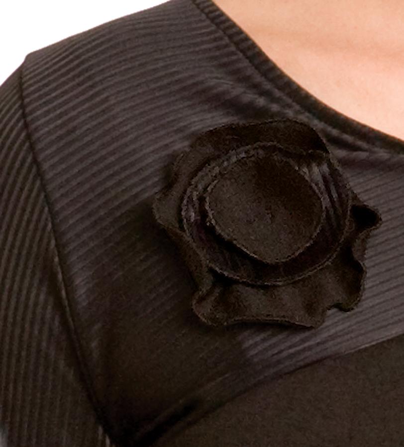 majamas-celestial-nursing-top-black-detail.jpg