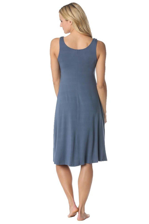 majamas-market-nursing-dress-tempest-back.jpg