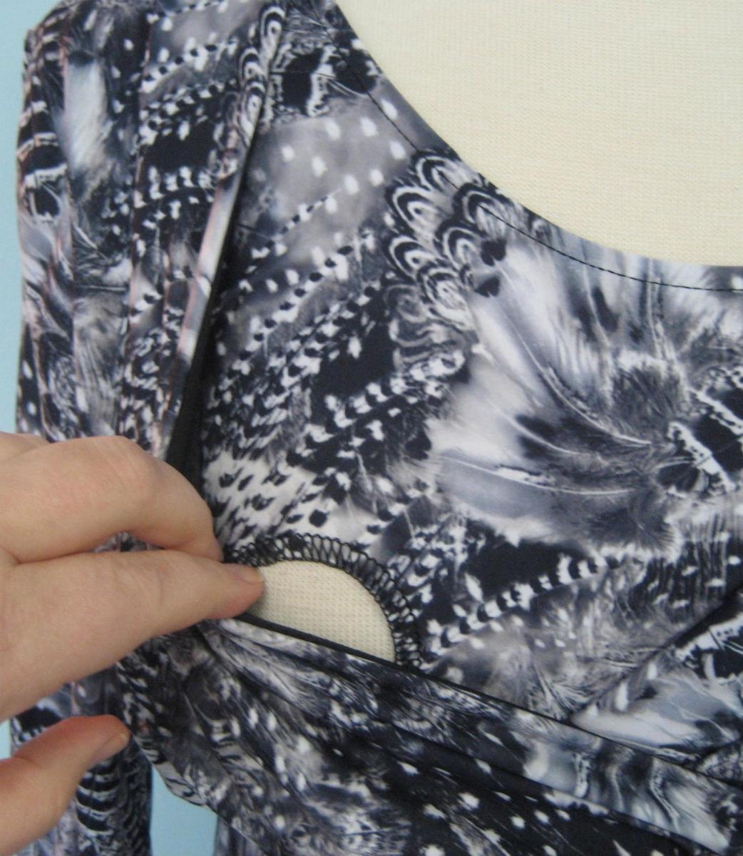 majamas-softest-nursing-top-feather-opening.jpg