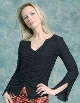 majamas-zippy-nursing-top-black-model.jpg