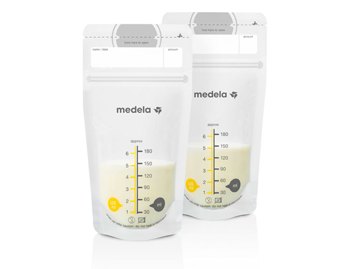 medela-breast-milk-storage-bags-stand-up