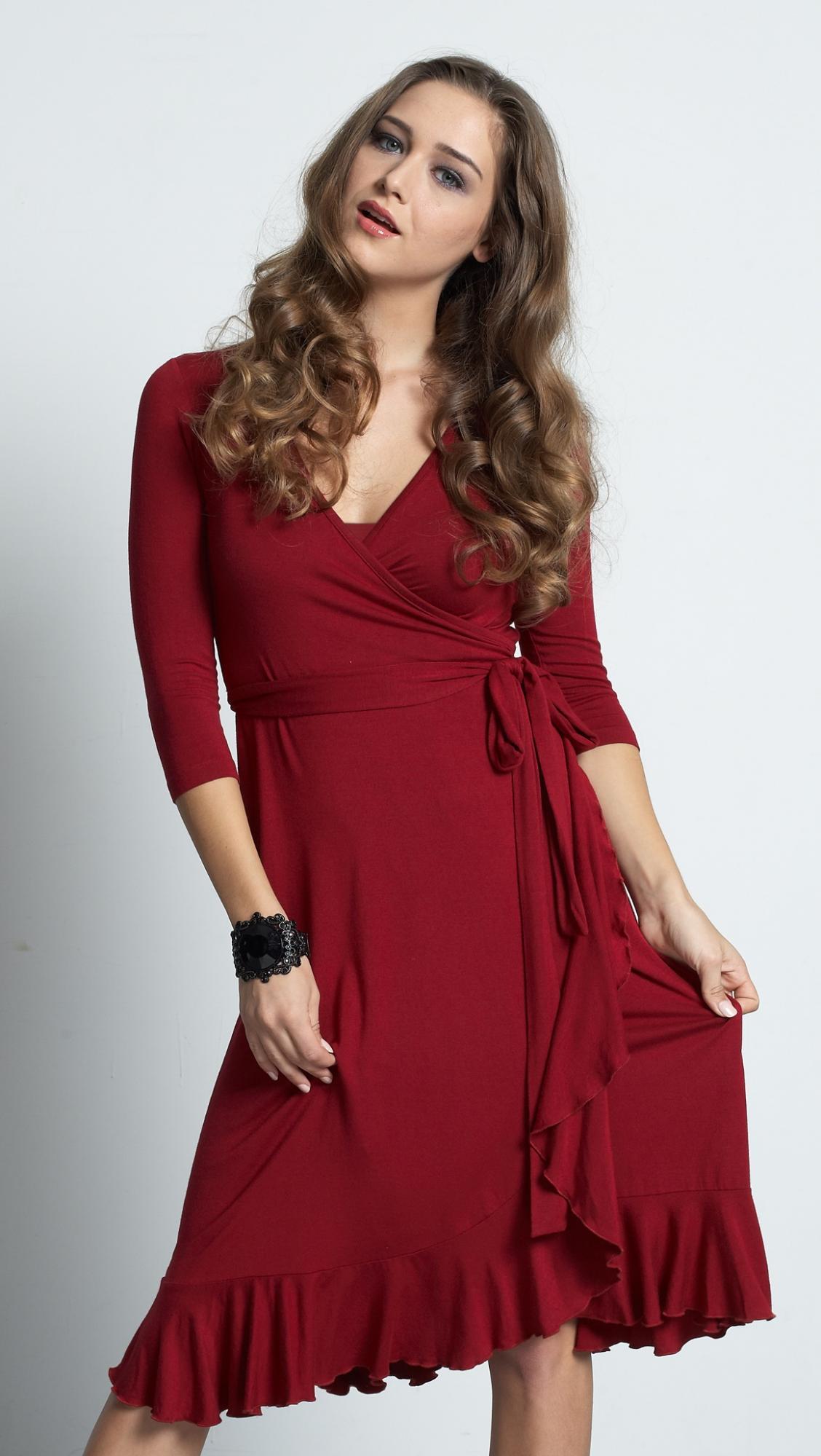 mother-en-vogue-flamenco-nursing-dress-red.jpg