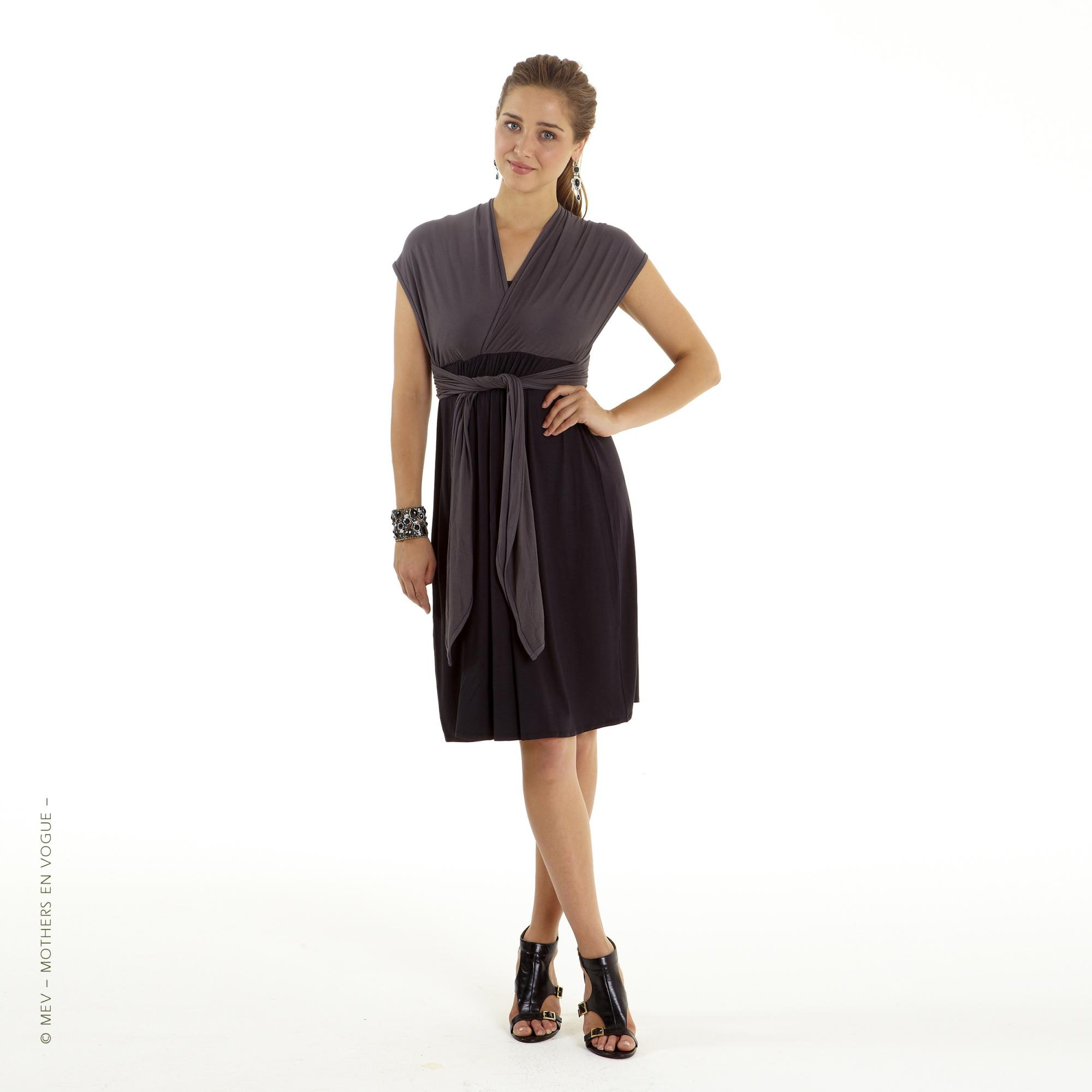 mothers-en-vogue-infinity-wrap-nursing-dress-1.jpg