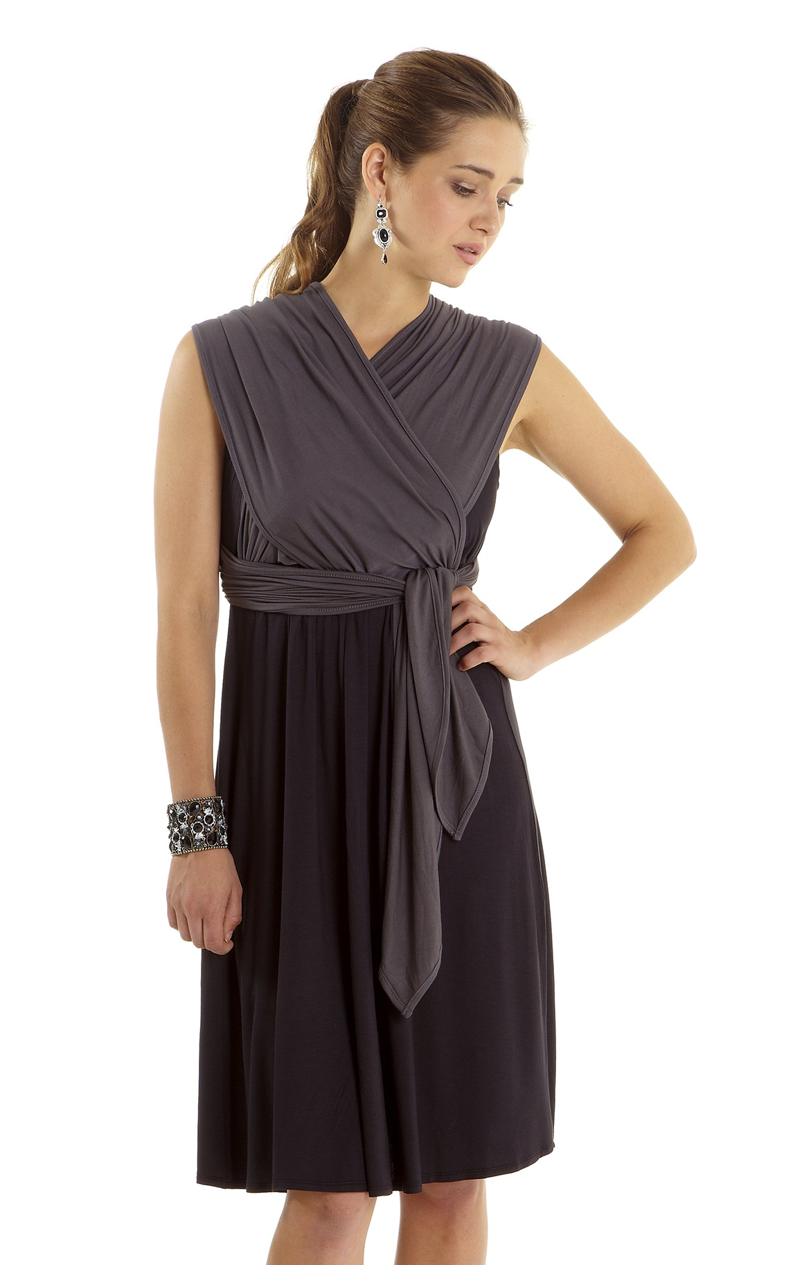 mothers-en-vogue-infinity-wrap-nursing-dress-3-close.jpg