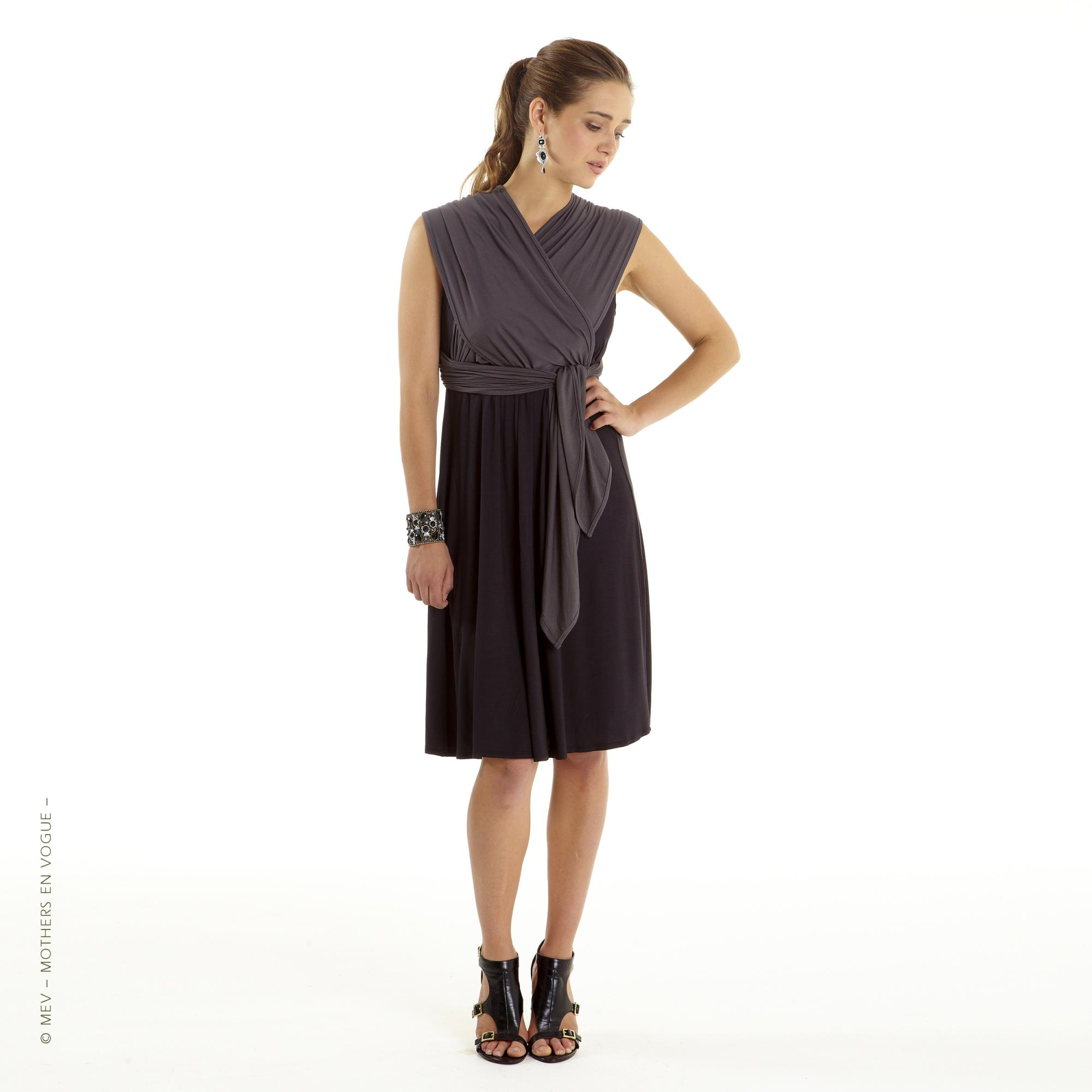 mothers-en-vogue-infinity-wrap-nursing-dress-3.jpg
