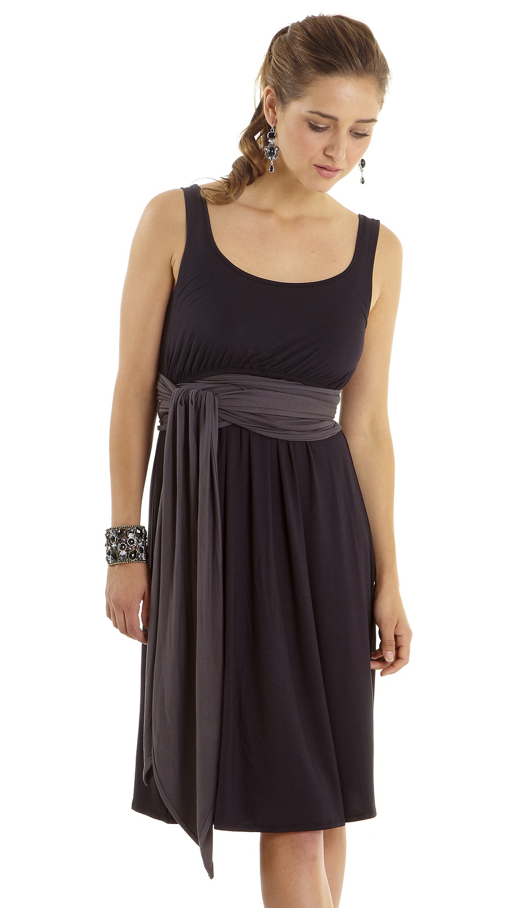 mothers-en-vogue-infinity-wrap-nursing-dress-4-close.jpg