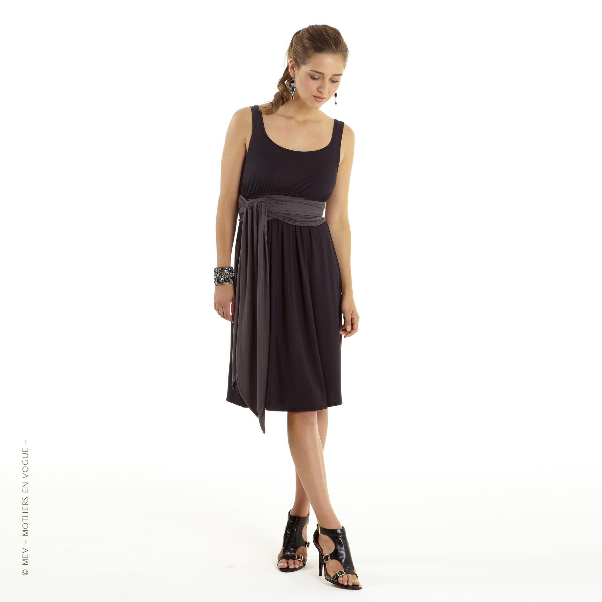 mothers-en-vogue-infinity-wrap-nursing-dress-4.jpg