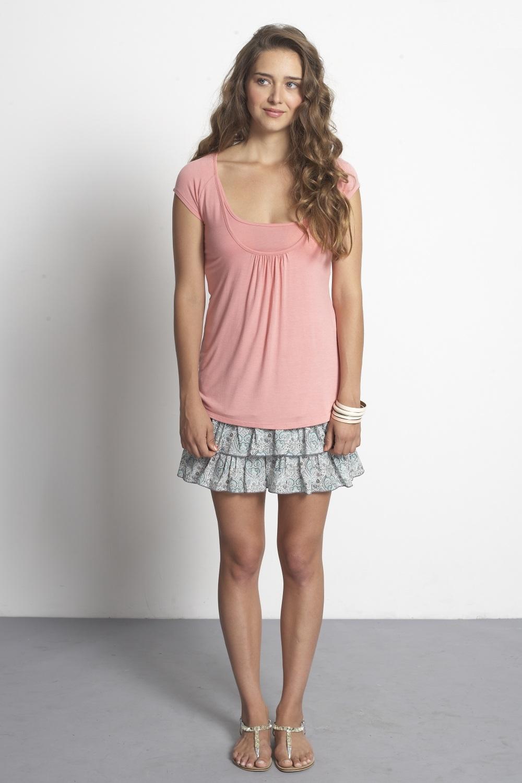 mothers-en-vogue-joelle-jersey-nursing-tee-peach-pink-2.jpg