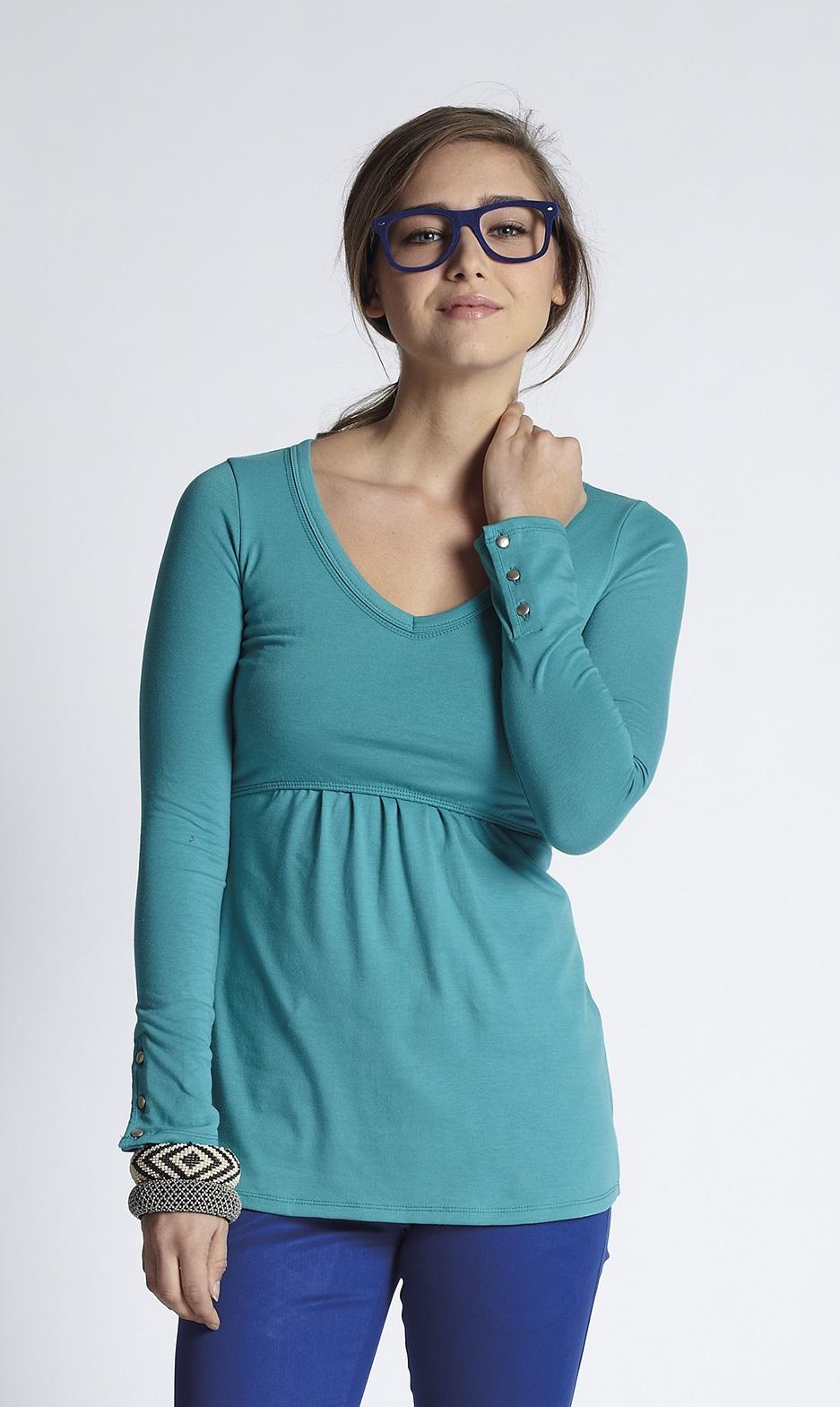 mothers-en-vogue-must-have-longsleeve-nursing-tee-winter-green-3.jpg