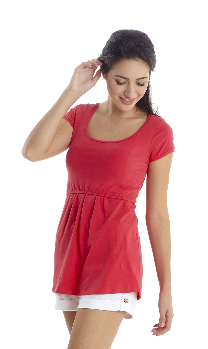 mothers-en-vogue-must-have-nursing-tee-teaberry-close.jpg