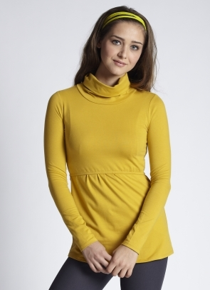 mothers-en-vogue-must-have-nursing-turtleneck-ocre-5.jpg