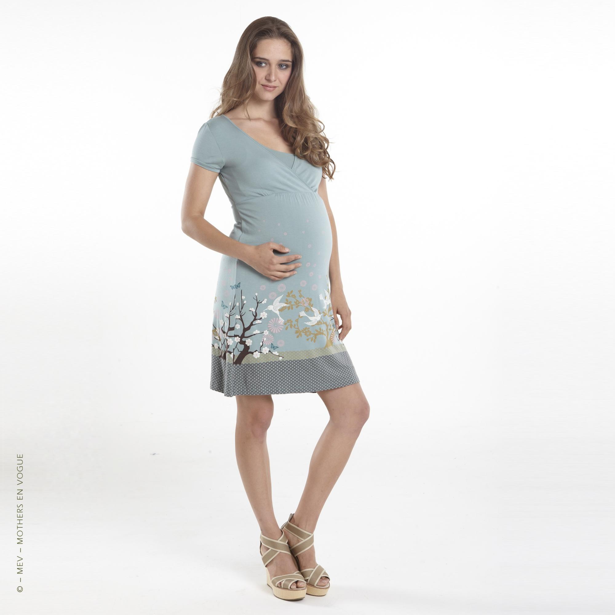 mothers-en-vogue-tara-nursing-dress-15-maternity-2.jpg