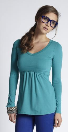 mothers-en-vogue-must-have-longsleeve-nursing-tee-winter-green.jpg