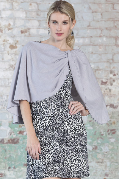 pirose-nursing-scarf-cozy-grey.jpg