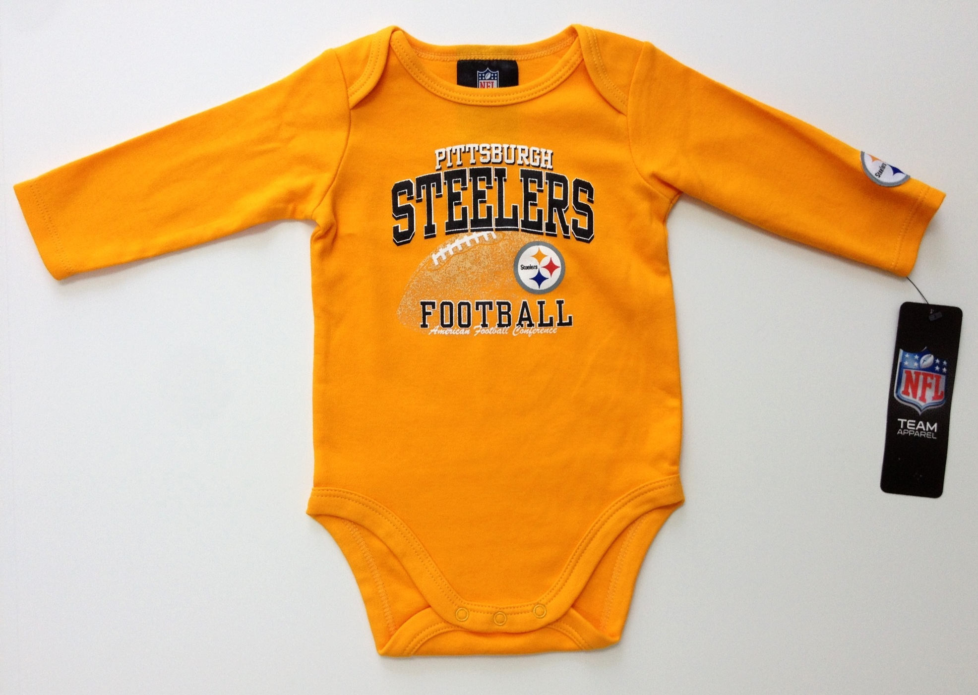 nfl-steelers-infant-black-gold-longsleeve-onesie-2-pack-4j.jpg
