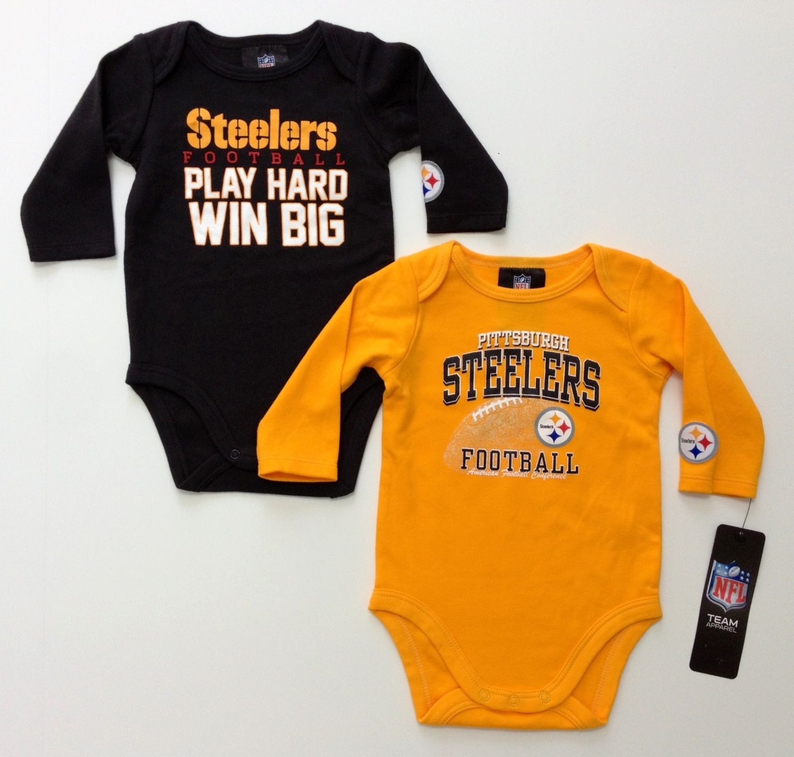 nfl-steelers-infant-black-gold-longsleeve-onesie-2-pack-j.jpg