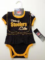 nfl-steelers-infant-girl-ruffled-onesie-bib-1.jpg