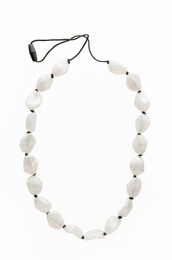 teething-bling-gemstones-necklace-pearl.jpeg