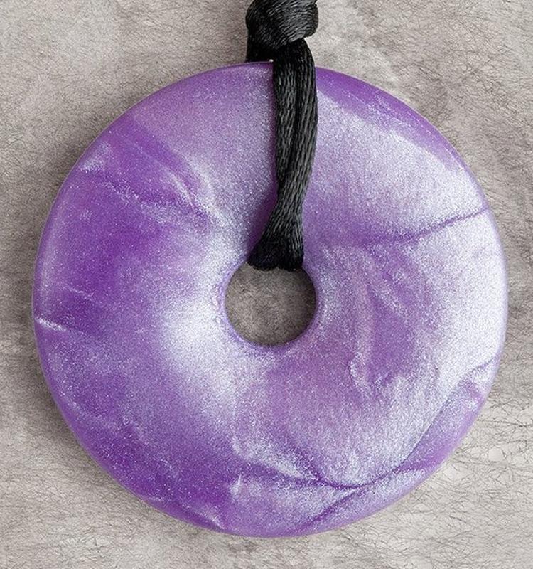 teething-bling-necklace-shimmer-violet.jpg